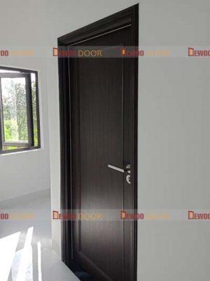 cửa nhựa vân gỗ pvc phòng ngủ