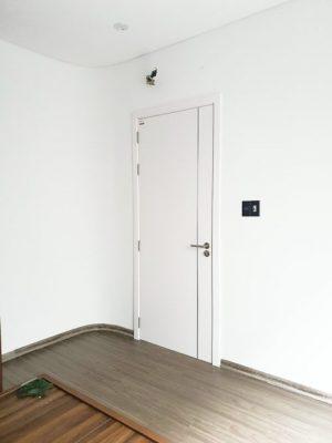 bộ cửa gỗ nhựa composite 102 hoàn thiện