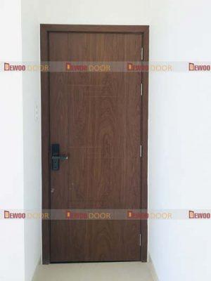 cửa gỗ nhựa composite phòng ngủ